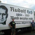 LKW-Tour von Henrik Ostendorf anlässlich des Todestages des Nationalsozialisten Rudolf Heß