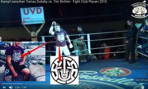 """Tomas Dubsky vom """"Shuri Fightclub"""" mit """"White Rex""""-Shirt in Plauen 2015"""